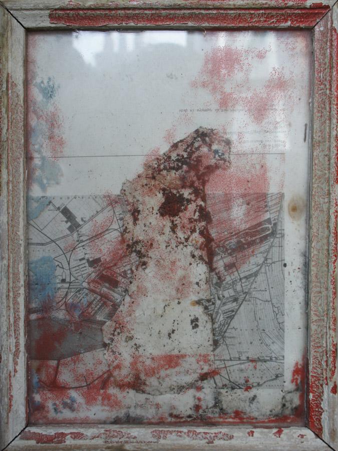 Relique, 2001, collage, mixed media